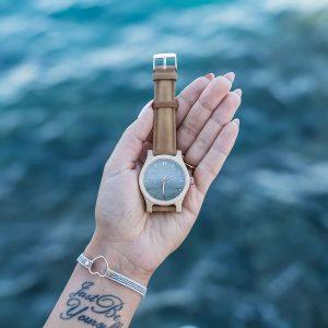 Dámske drevené hodinky Classic - Škoricovo zelené