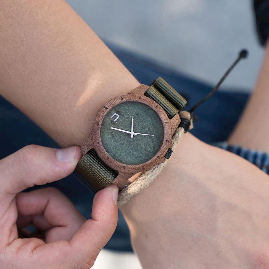 Drevené hodinky Sport - Zelené