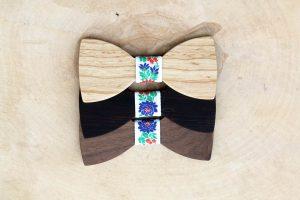 Detský folklórny motýlik – Biely