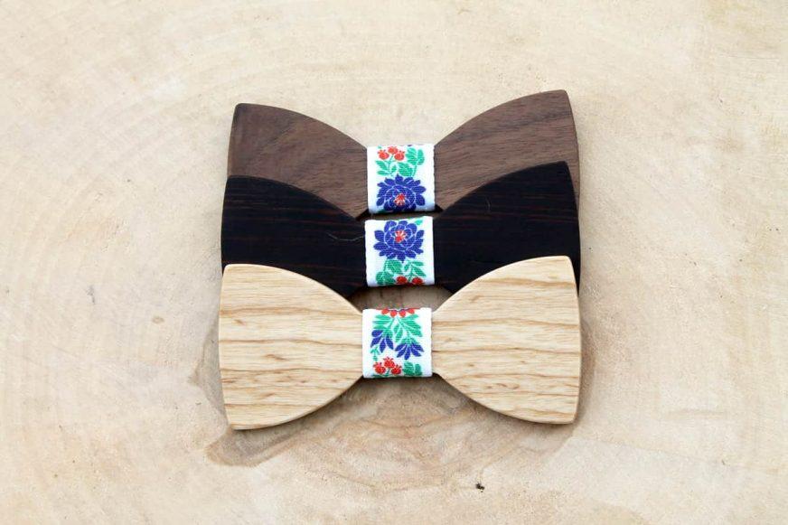 Detský drevený motýlik a traky - Folklórny