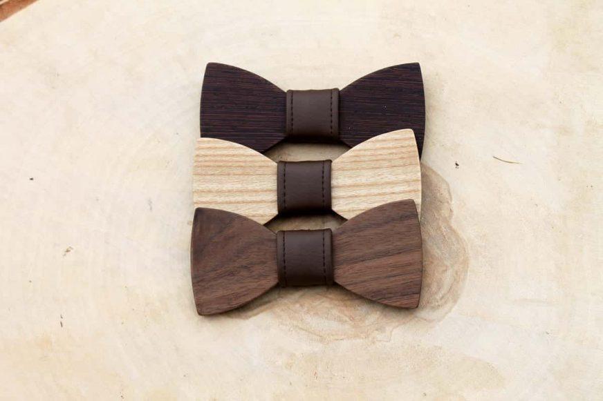 Detský drevený motýlik a traky - Tmavohnedý