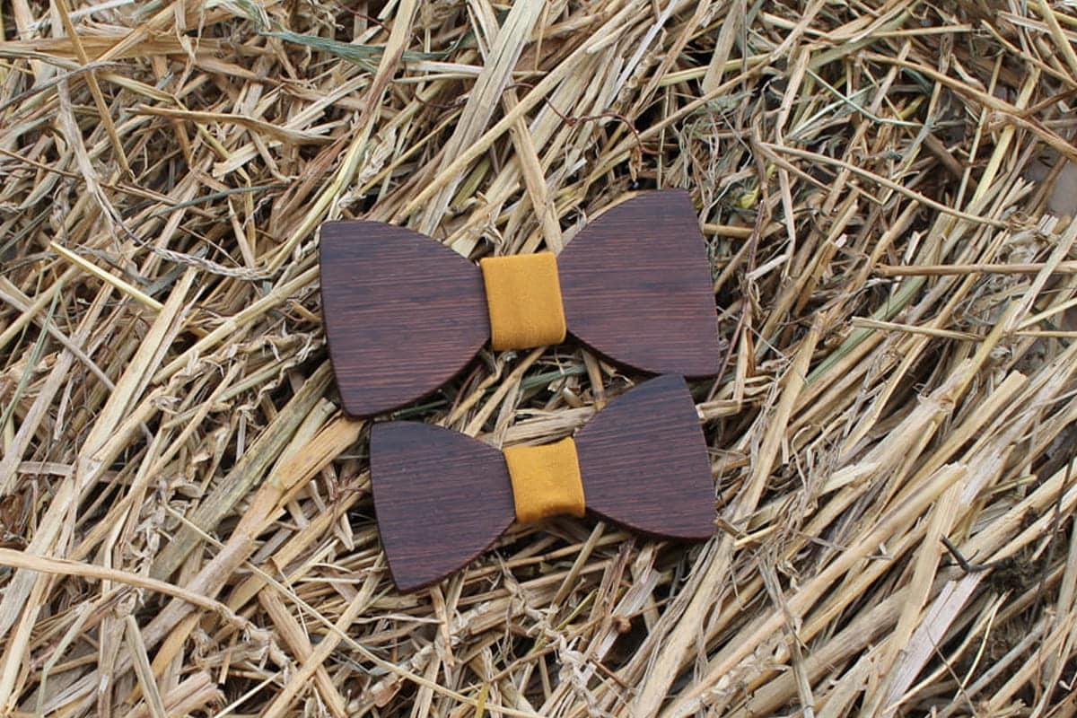 Drevený motýlik Otec a syn – Horčicový