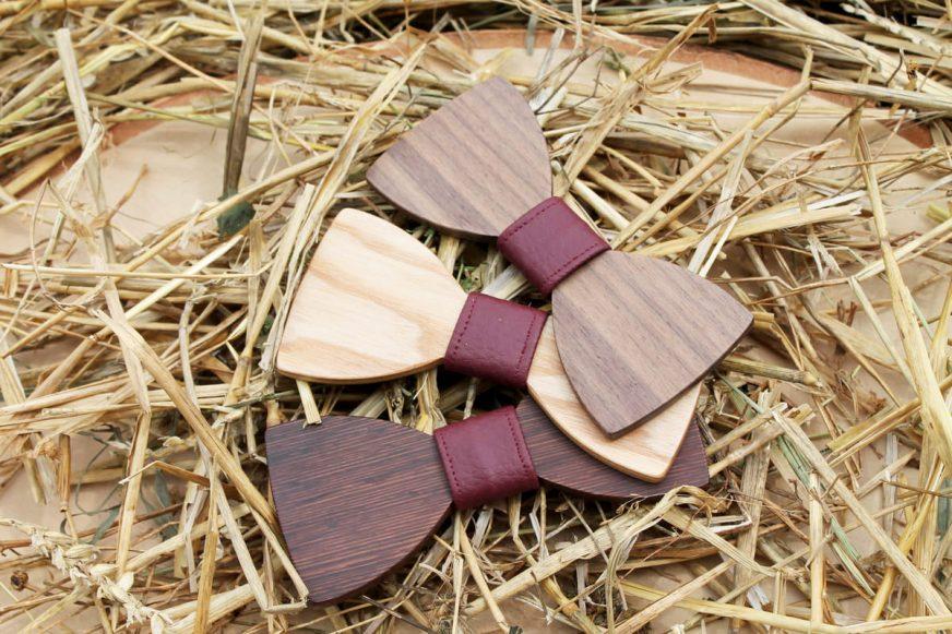 Pánsky drevený motýlik - Bordový